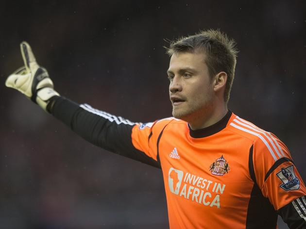 North-East award for Sunderland Goalkeeper Simon Mignolet