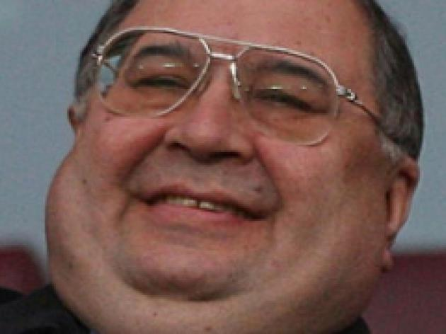 Usmanov keeps Arsenal options open