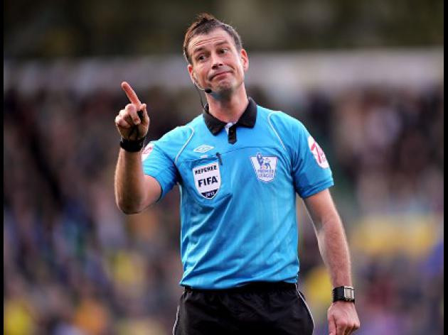 Clattenburg continues to await decision over Chelsea accusation