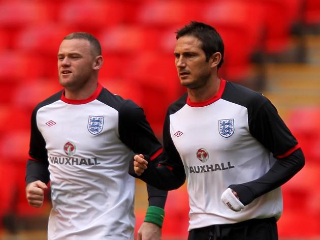 Lampard hopes Blues sign Rooney