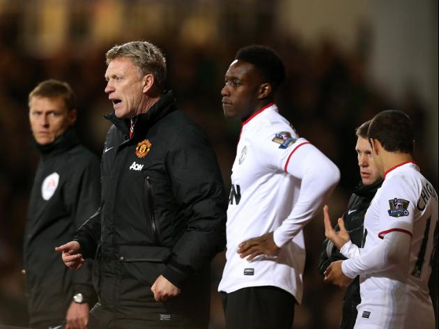 Welbeck hits back at Moyes