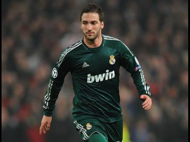 No Arsenal move for Higuain says Real Madrid President