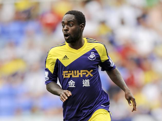 Dyer extends Swansea deal