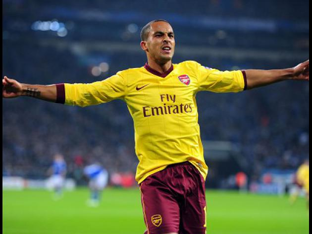 Wenger wants to keep Walcott