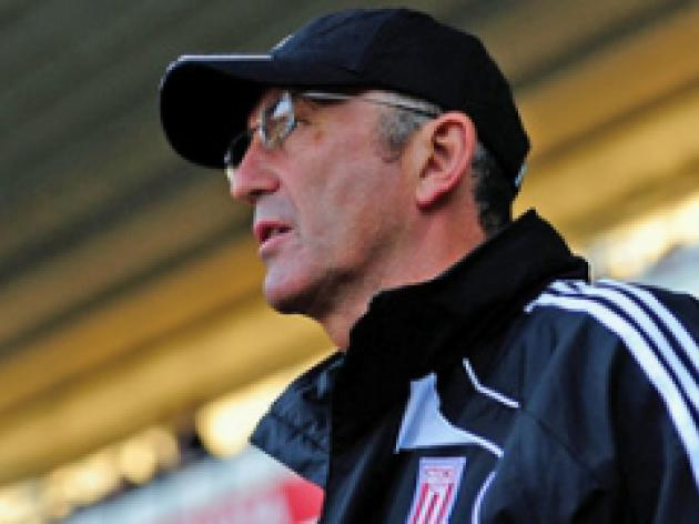Pulis wary of Hammers threat