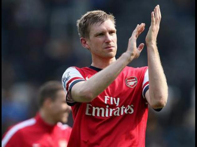 Mertesacker hoping to repay fans