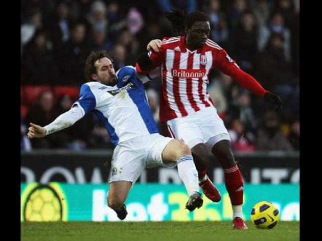 Stoke boss Tony Pulis insists it's only a matter of time before Kenwyne Jones hits the goal trail