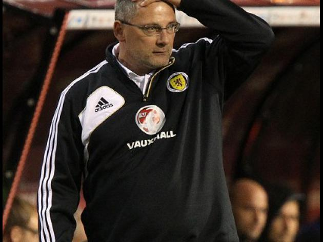 Levein determined to stay