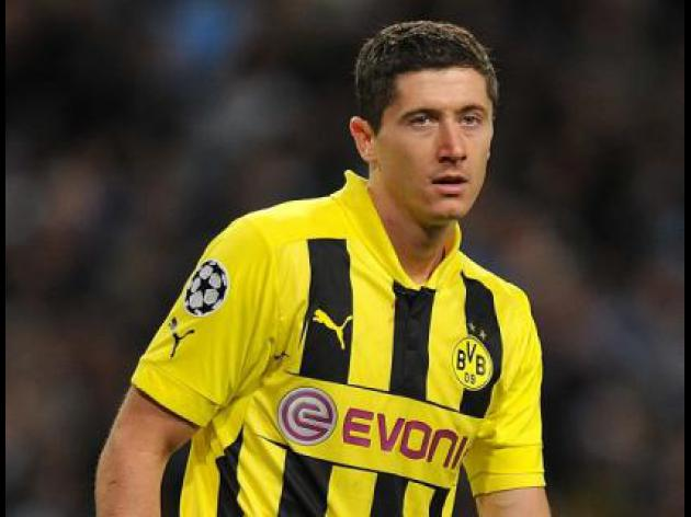 West Ham manager reveals he was denied chance to sign Lewandowski
