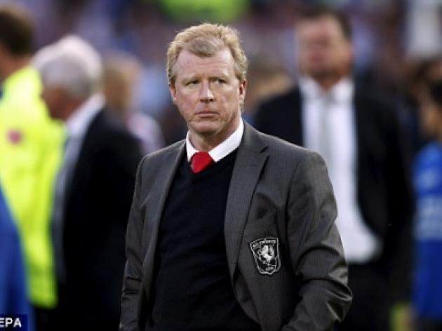 McClaren bats away Twente questions on taking over at Ajax