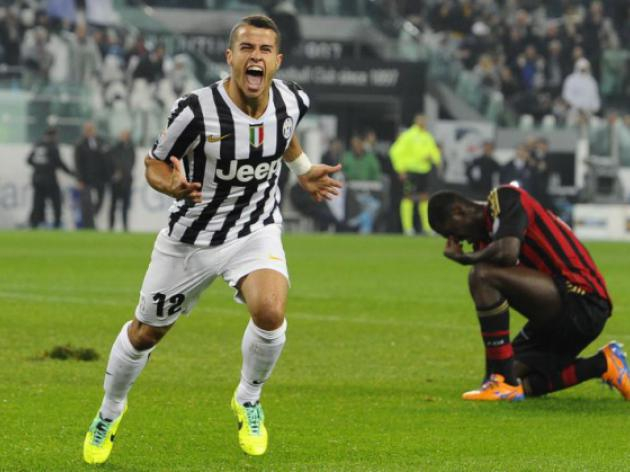 Juve defeat depleted Milan to close gap on Roma