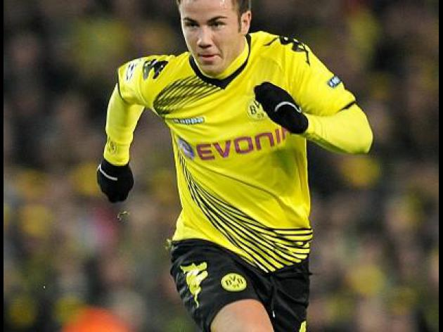 Germany star Goetze back in training