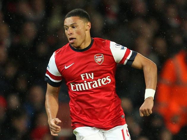 Oxlade-Chamberlain boost for Wenger