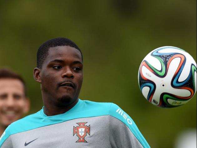 Carvalho to Manchester United gathers pace as Sporting Lisbon eye replacement