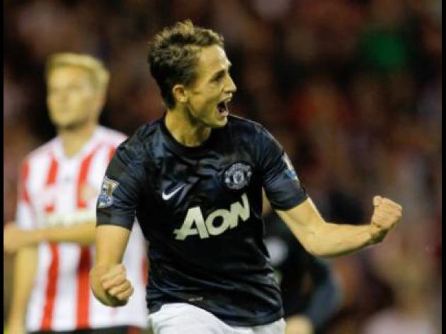 Januzaj signs five-year Man United deal
