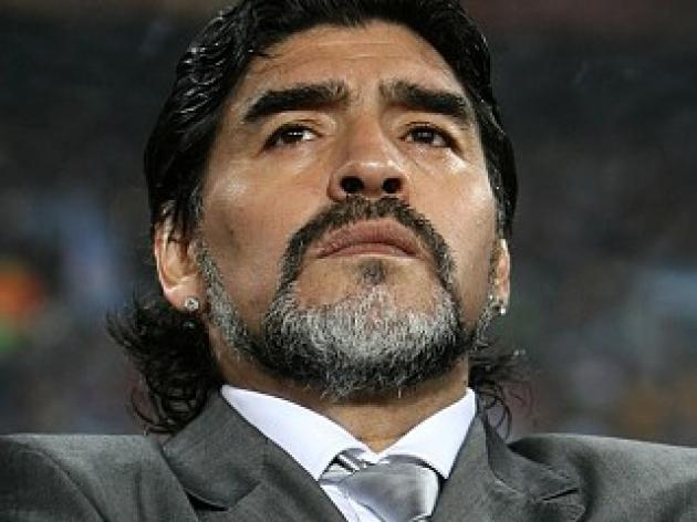 Maradona must stay on - Heinze