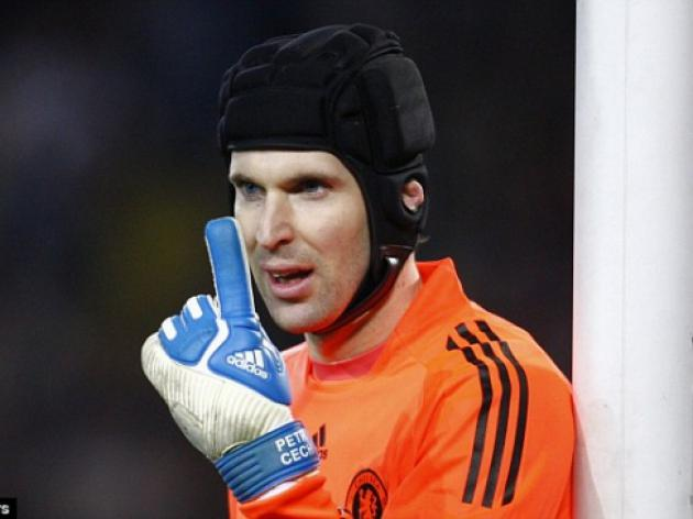 Chelsea's Petr Cech targets Gianfranco Zola's appearance record