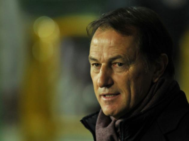 Italian De Biasi named coach of Albania