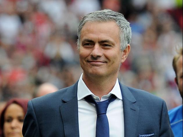 Mourinho would consider England job