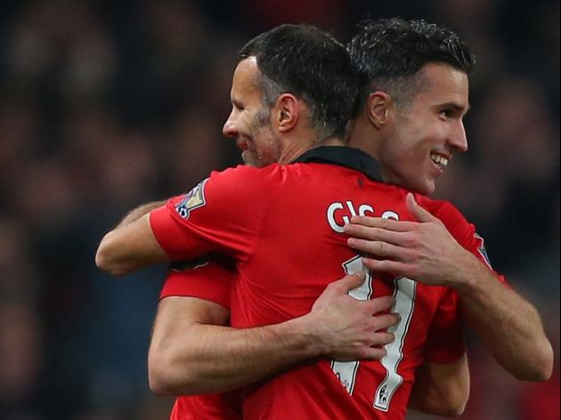 Giggs team talks impress Van Persie