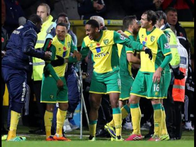 Norwich fight back to beat Hammers