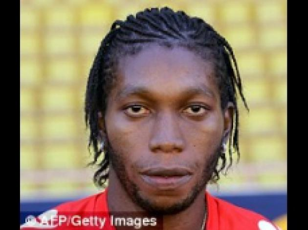 Sunderland aim to take Monaco's Dieumerci Mbokani on loan to replace Darren Bent