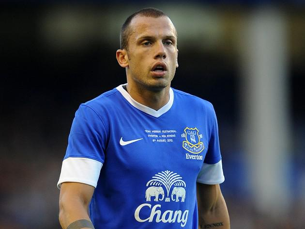 Heitinga hints at Goodison exit