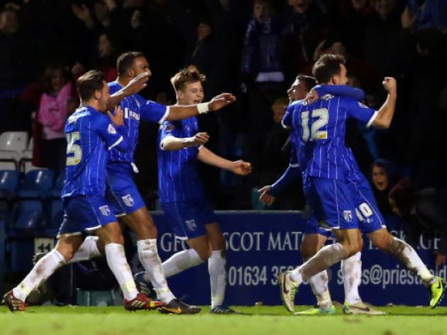 Gillingham 2-0 Swindon: Match Report