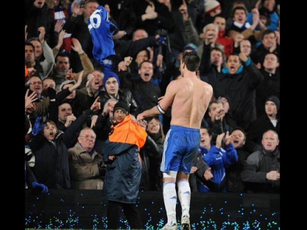 Contrite John Terry says sorry and thanks fans for their support