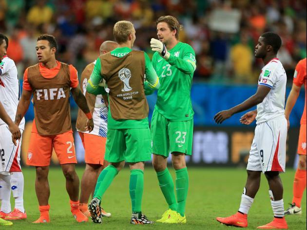 Krul blow for Costa Rica as Dutch progress