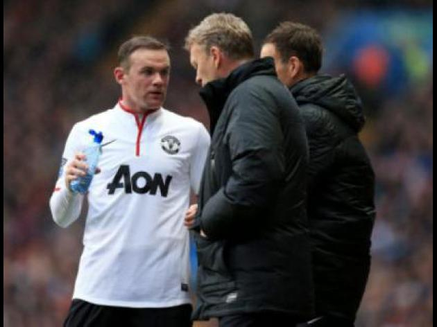 Moyes convinces Rooney to sign new deal