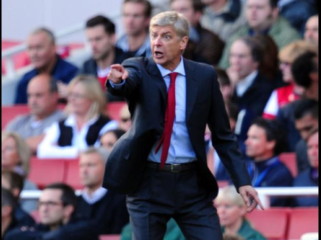 Wenger wants Gunners to respond