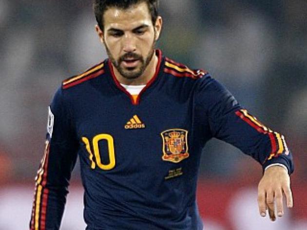 Pique - Fabregas is dreaming of Barca