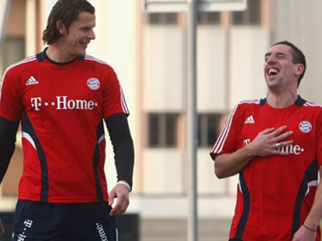 Ribery and Van Buyten extend Bayern deals