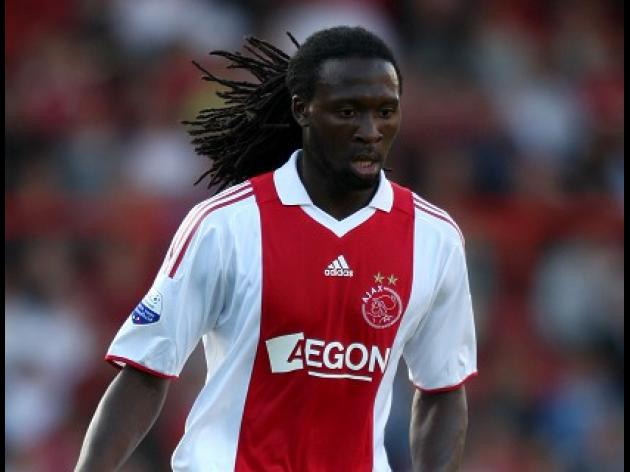 Ajax midfielder Sno suffers heart attack in reserve game