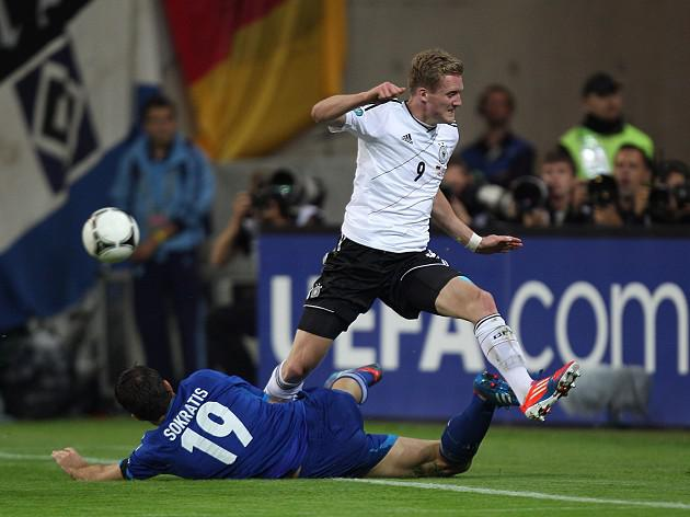 Chelsea complete signing of Andre Schurrle