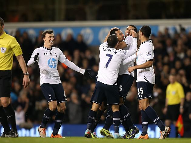 Three and easy for Spurs