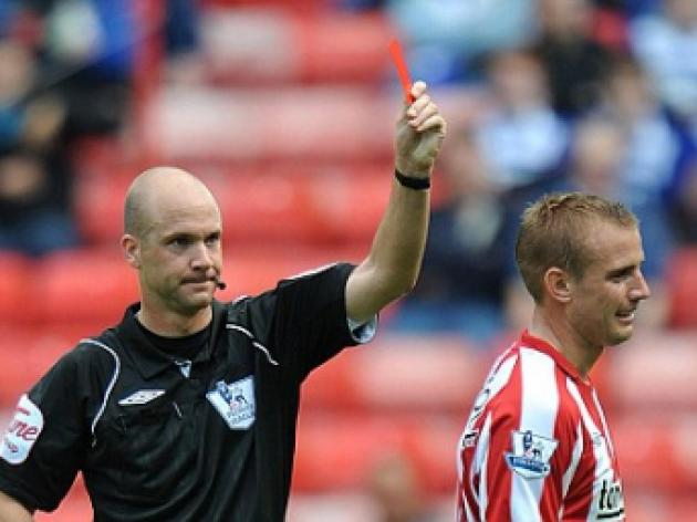 Lee Cattermole claims he is a target for referees