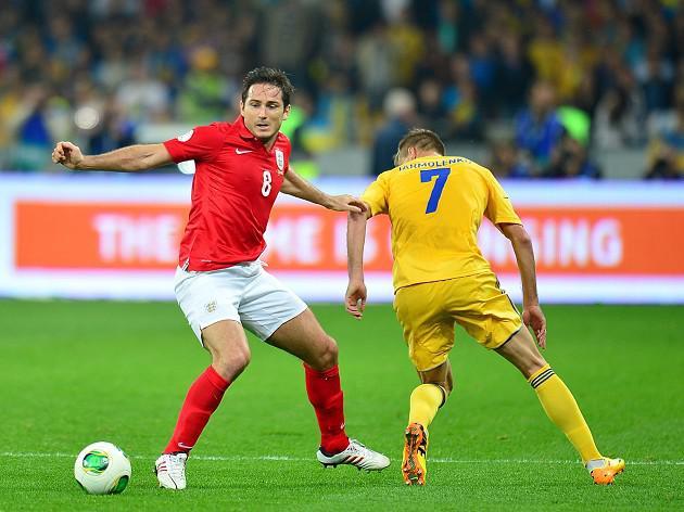 England scrape draw