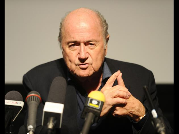 Blatter confident over Cup as chaos grips Sao Paulo
