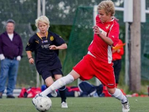 Liverpool hand trial to swedish starlet