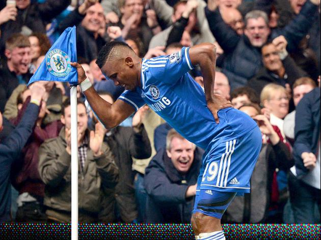 Eto'o hits back at 'fool' Mourinho