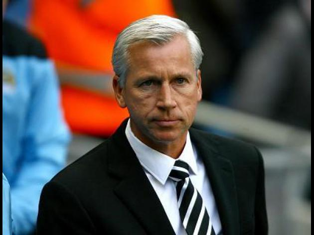 Pardew: Ref admitted to mistake