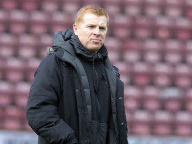 Lennon sets new targets for unbeaten Celtic