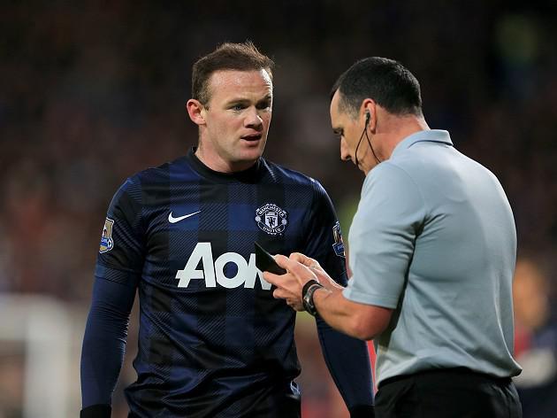 Moyes defends Rooney challenge