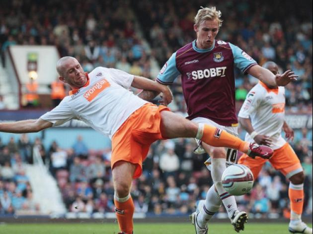 Blackpool V West Ham at Wembley Stadium : Match Preview
