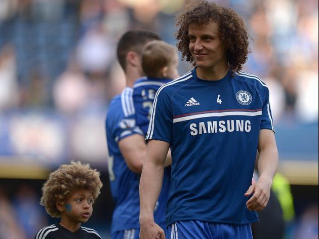 Luiz close to PSG move
