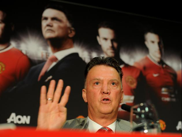Van Gaal braced for United balancing act