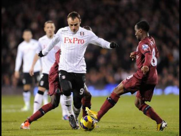 Fulham boss Martin Jol heaps praise on Berbatov