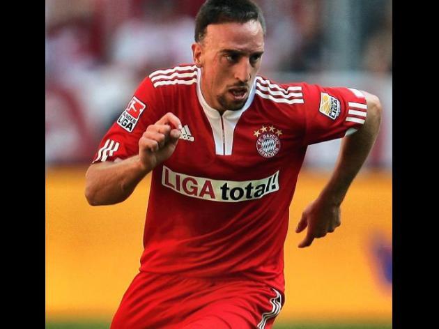 Bayern wait on star man Ribery